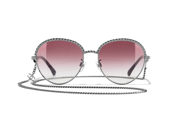 Pantos Sunglasses with dark silver frame, pink gradient lenses. front view.