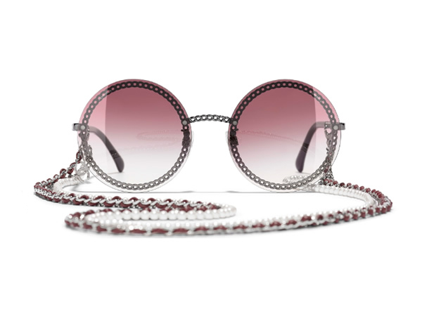 Round Sunglasses with dark silver frame, pink gradient lenses.